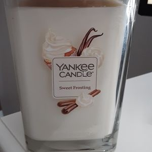 NEW Yankee elevation collection candle